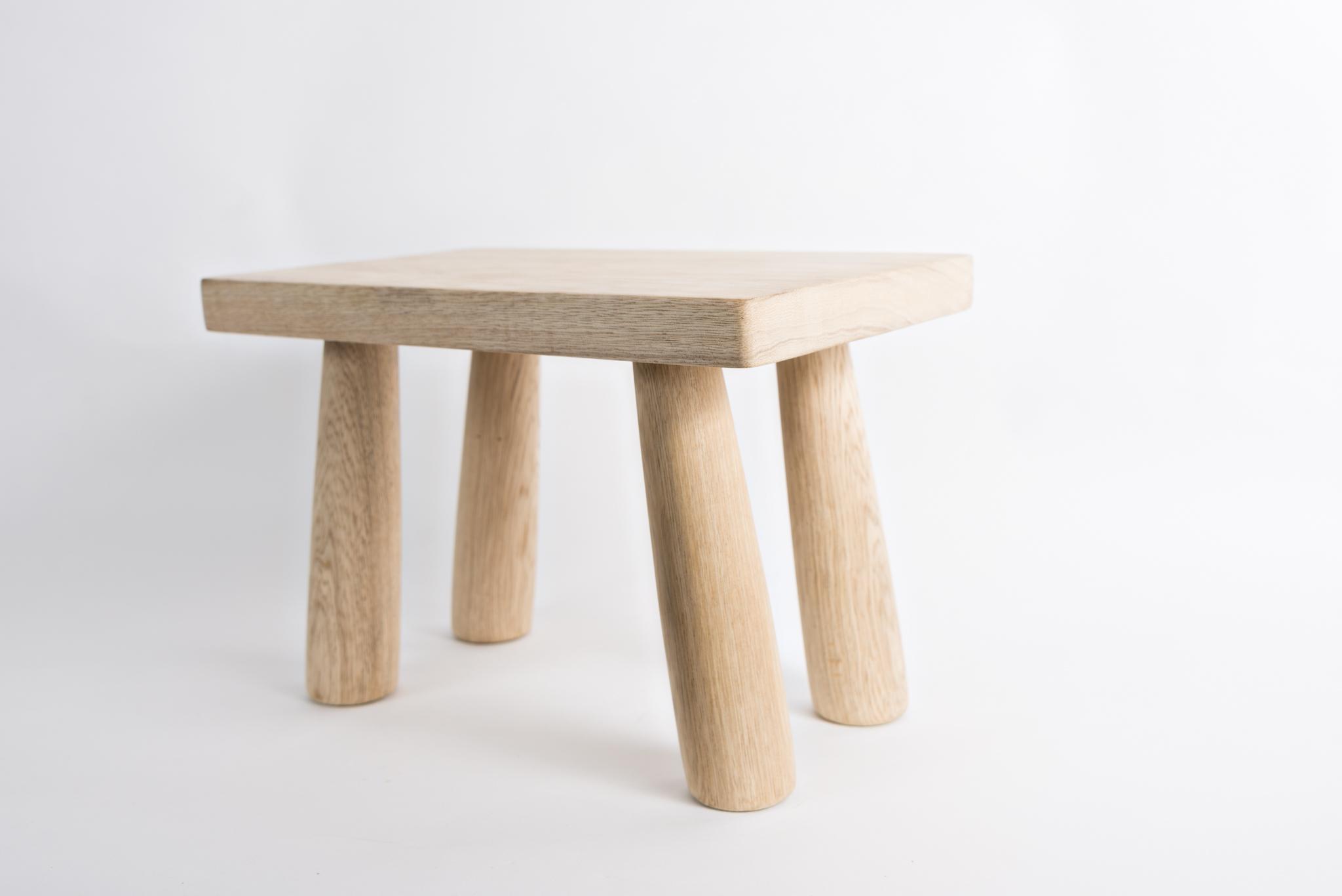 tabouret bois brut tabouret en bois brut peindre avec coeur achat vente tabouret bois brut. Black Bedroom Furniture Sets. Home Design Ideas