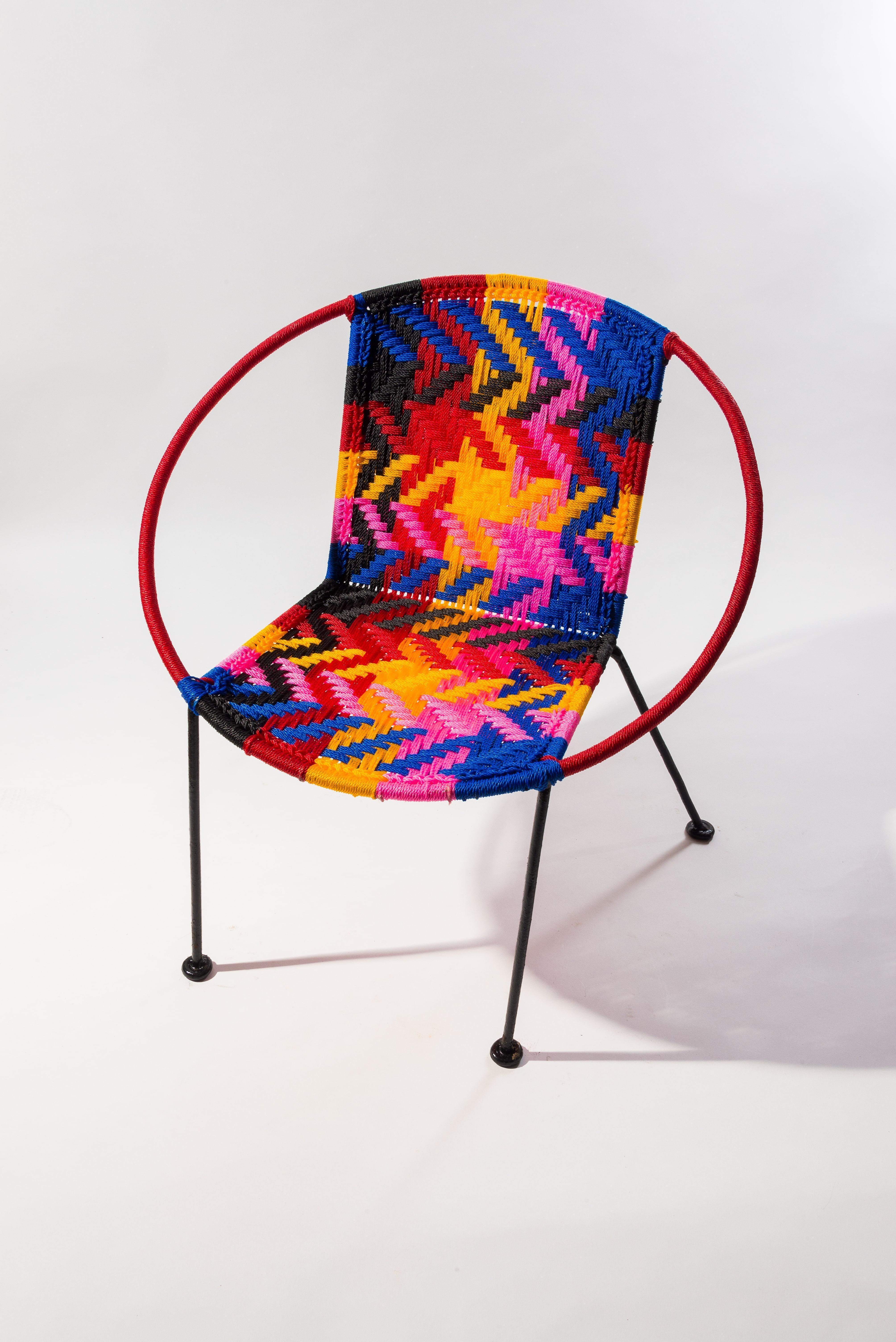 chaise scoubidou. Black Bedroom Furniture Sets. Home Design Ideas