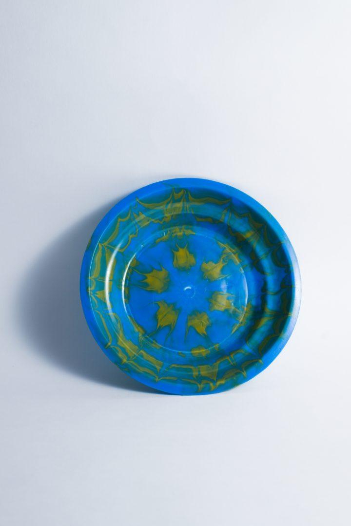 Assiette Tie and Dye bleue