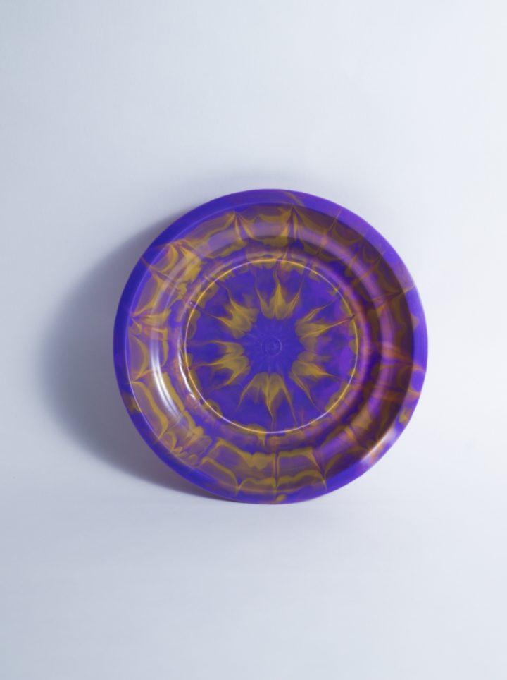 Assiette Tie and Dye violette