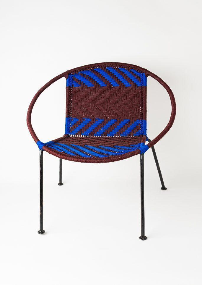 Chaise scoubidou bleue et marron