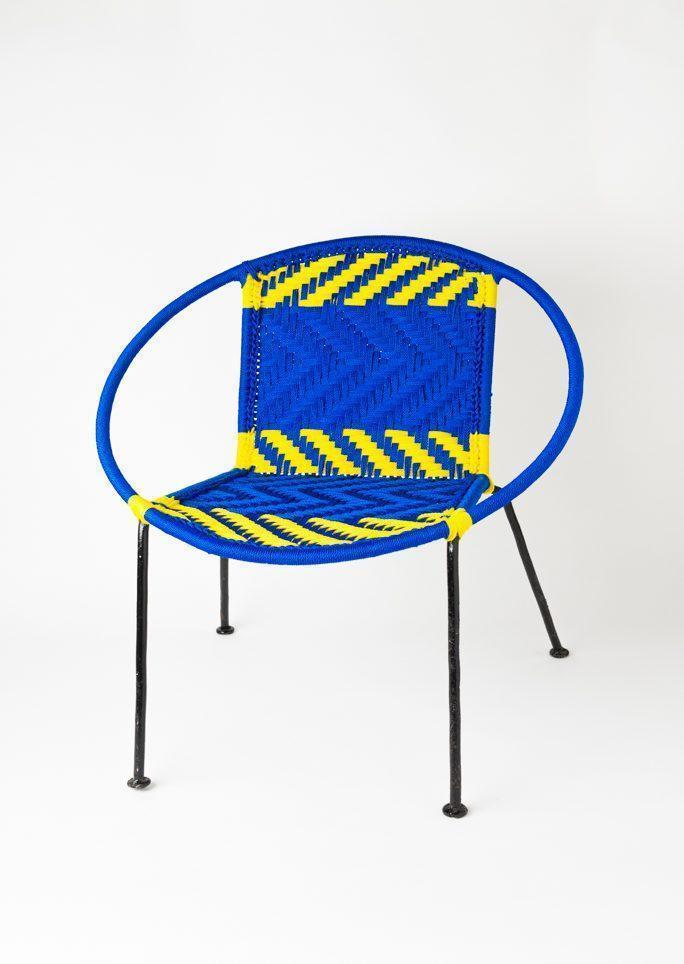 Chaise scoubidou bleue
