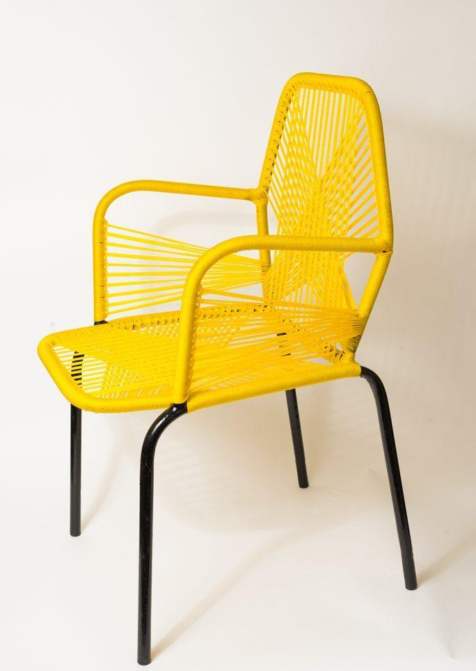 Chaise adulte jaune