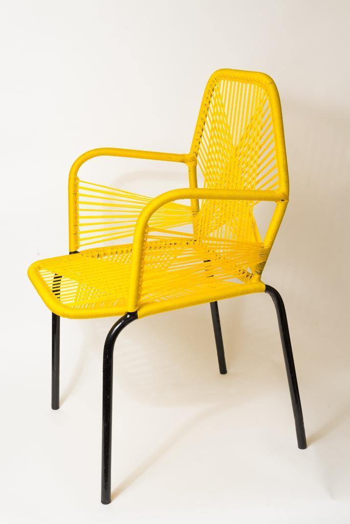 Chaise adulte jaune