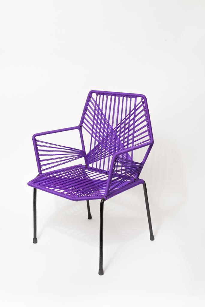 Chaise violette